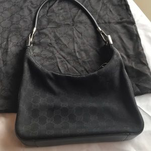 Gucci Handbag. Vintage. Black.